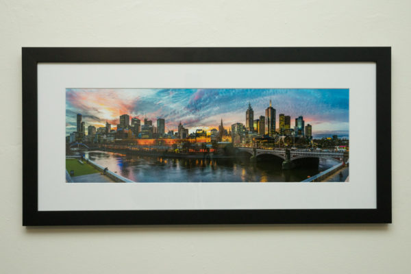 600x200mm with 60mm mount and black frame